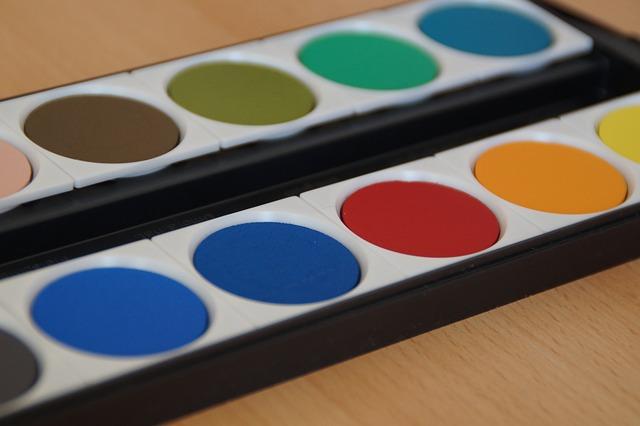 paint-boxes-186905_640