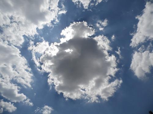 dark-clouds-173926_640