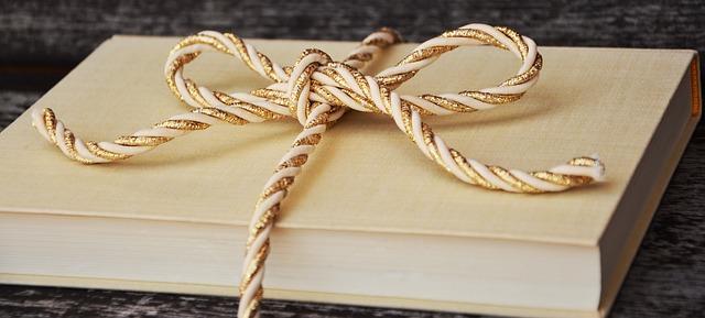 book-1667826_640.jpg