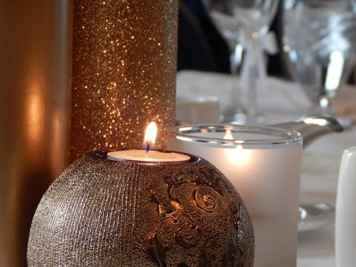 candle-912773_640.jpg
