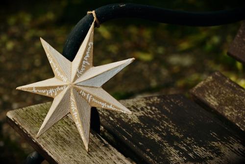 star-1773821_640.jpg