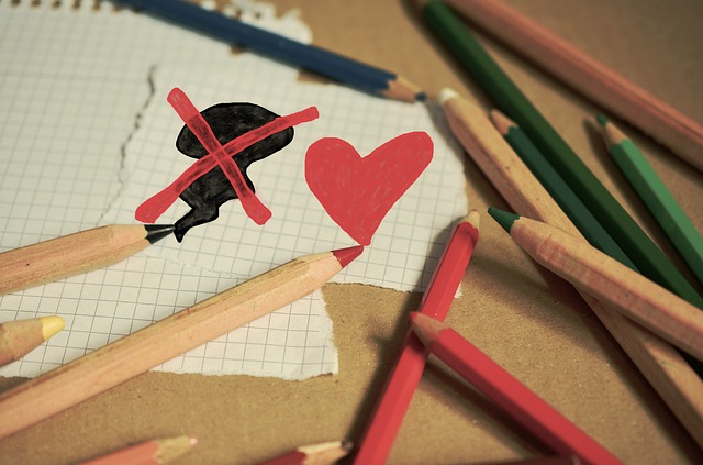 colored-pencils-1090000_640.jpg