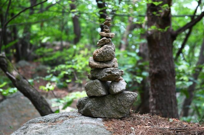 stone-tower-3502946_1920.jpg
