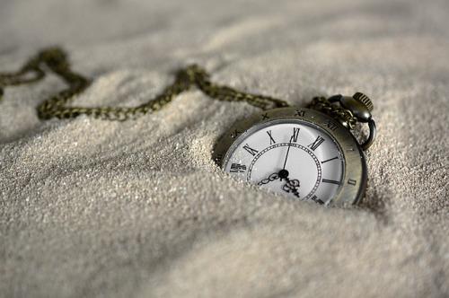 pocket-watch-3156771_640