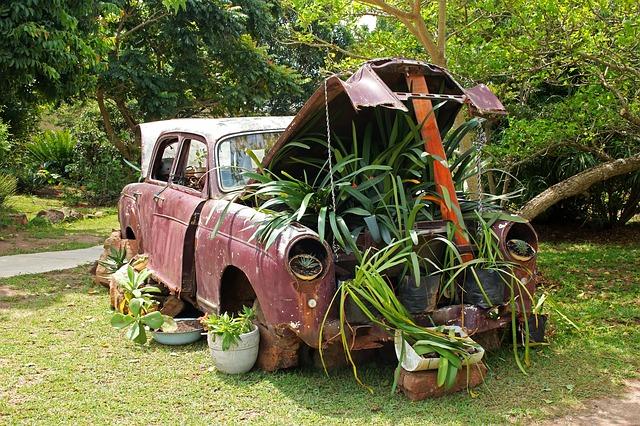 vintage-car-2851452_640.jpg